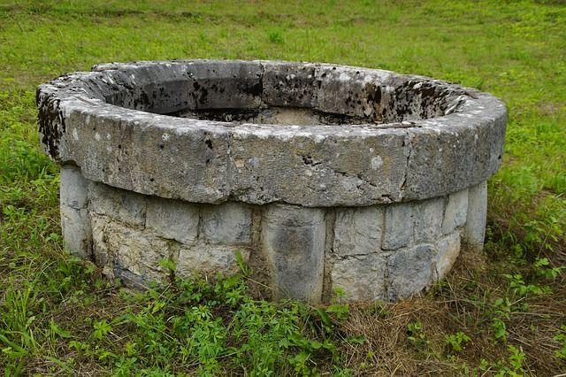 Noria o pozo de agua tradicional